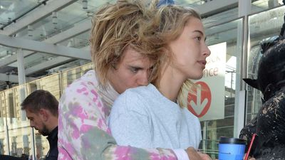 Justin Bieber and Hailey Baldwin spending thanksgiving with his father