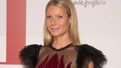 Gwyneth Paltrow talks to Chris Martin every day