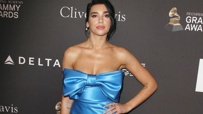 Dua Lipa HEAPS praise on St. Vincent