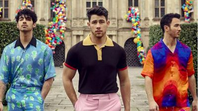 Jonas Brothers tease new song and music video?