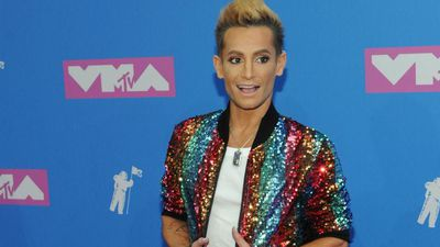 Frankie Grande asks Ariana Grande for love advice
