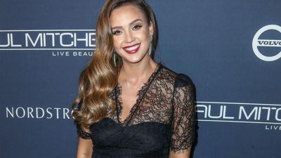 Jessica Alba ate less to avoid unwanted attention from men