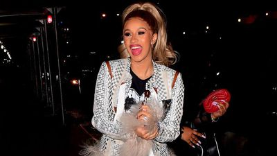 Cardi B cancels shows to 'fully recover' from her liposuction