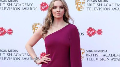 Jodie Comer's language lies for Killing Eve