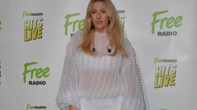 Ellie Goulding collects honorary degree
