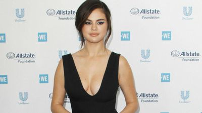 Selena Gomez celebrates birthday in Italy
