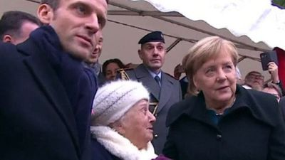 Merkel mistaken for Macron's wife