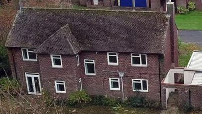 Why are these family homes standing empty?