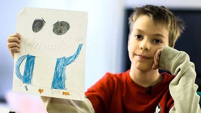 Boy sells art to help mother through shutdown