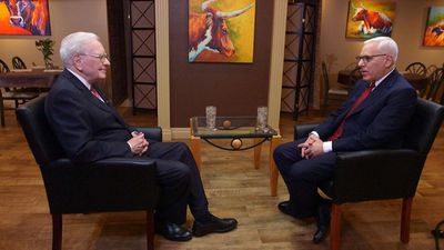The David Rubenstein Show: Peer-to-Peer Conversations - Warren Buffett