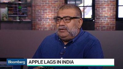 Bloomberg Technology - Om Malik Discusses Apple in India