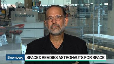 Bloomberg Technology - Elon Musk's SpaceX Readies Astronauts for Space