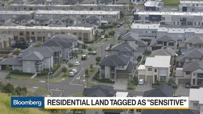 Bloomberg Daybreak: Australia - New Zealand Bans Foreigners From Buying Homes
