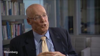 Paulson Says Governments Need to Spur Climate Investment