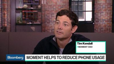 Bloomberg Technology - How Moment Helps People Disconnect From Their Phones