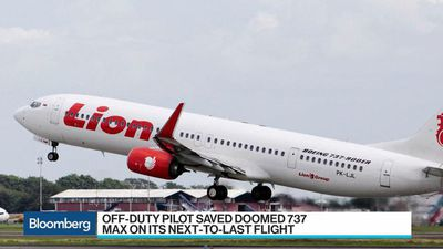 Bloomberg Surveillance - Off-Duty Pilot Saved Lion Air 737 Max One Day Before Doomed Flight