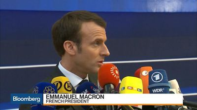 Bloomberg Markets - Macron Warns of Hard Brexit If U.K. Doesn't Ratify May's Deal