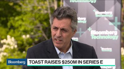 Toast CEO Not in Rush to Go Public, Sees 'Massive' Opportunity in Restaurant Market