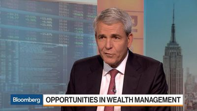 Raymond James CEO Says Industry Benefits From Transparency