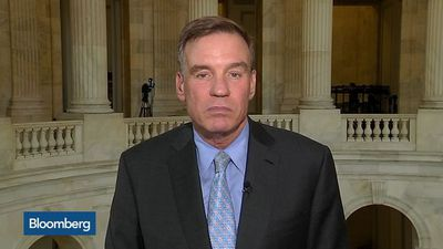 Sen. Warner Says Blockchain Has Merit But Facebook Is a Concern