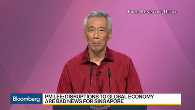 Singapore Must Stay Independent in U.S.-China Conflict: PM Lee