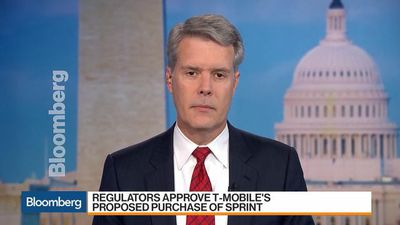 T-Mobile-Sprint Merger Lawsuits Will Fail, Ex-FCC Commissioner Says