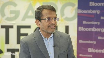 Monetary Authority of Singapore's Menon on Economy, Faceboo's Libra