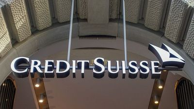 Credit Suisse Investment Bank Chief Amine Steps Down
