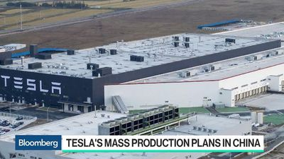 Tesla to Start Mass Production in China as Musk Sets Up Shop in Berlin