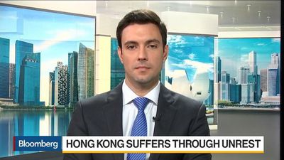 Hong Kong Economy May See Negative Growth This Year, Economist Says