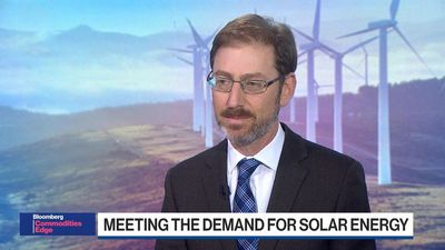 BNEF Brief: One of America's Biggest Solar Panel Makers Quits Manufacturing