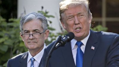 Fed's Powell Met Trump, Mnuchin Monday to Discuss Economy