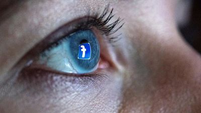 Facebook And Google Are Still Tracking You, Says Sen. Hawley