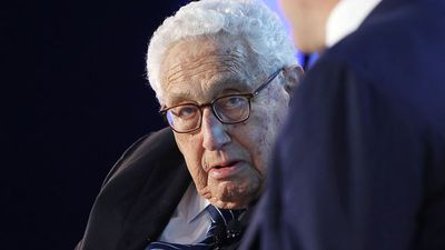 Kissinger Sees U.S. and China in 'Foothills of Cold War'