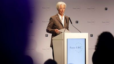 Lagarde Calls for Government Help in First Major ECB Speech