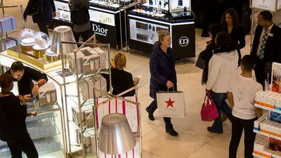 Holiday Retail Sales Will Be Strong This Year, Compass Diversified CEO Says