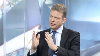 Deutsche Bank CEO Sewing Says Trading Revenue Is `Encouraging'