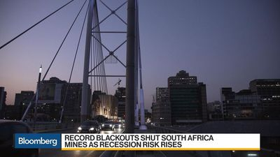Africa in Focus: Ramaphosa Cuts Short Trip as S. Africa Faces Record Blackouts