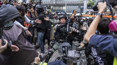 Hong Kong Calm Ends as Rally Turns Violent