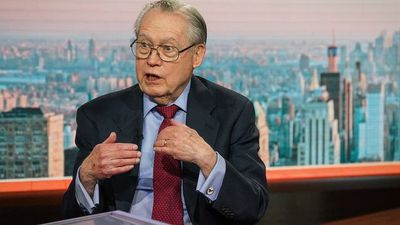 Virus Outbreak Will Force Fed to Cut Rates, Loomis Sayles' Fuss Says