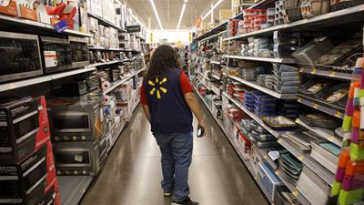 Walmart Struggles With Holiday Sales