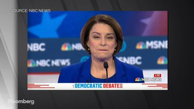 Klobuchar Says She Made 'Error' in Forgetting Mexican President's Name