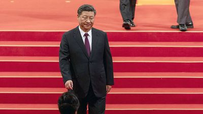 Xi Warns of Beijing Virus Risk as Parliament Meeting Delayed