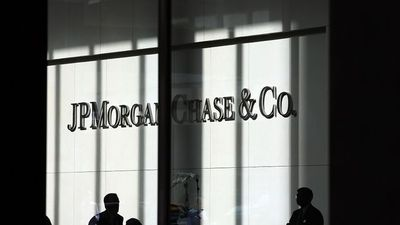 JPMorgan Warns Investors of Climate Change Business Risks