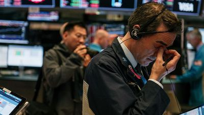 Bull Market Is Over and Recession Will Begin Mid-2020, Sri-Kumar Says