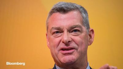 Banks Are Well-Equipped to Handle 'Horrendous' Virus Crisis, Tony Ressler Says