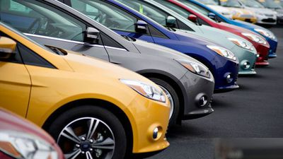 Virus Drives Down Auto Sales For GM and Fiat