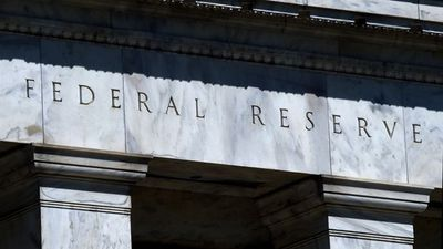 Fed Injection Postponing Economic Problems, Not Solving: Summers