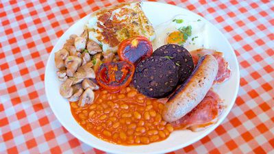 Why we chose Terry's as our favourite spot for English breakfast in London