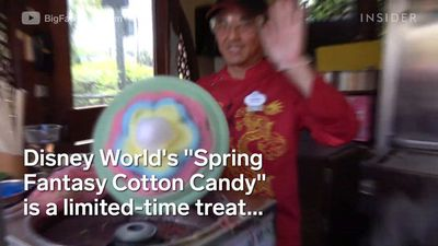 Disney World made a five-layer rainbow cotton candy
